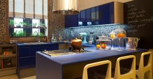 cozinhas-decoradas-com-azul-11